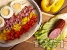 Рецепта Рап с пресни зеленчуци, яйца и колбас